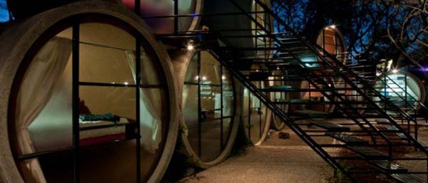 TuboHotel - Recycled Concrete Pipes Shaping Eco-Friendly Hotel (11)