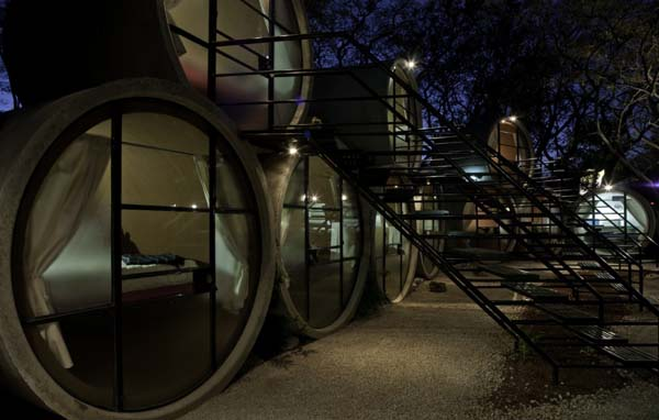 TuboHotel - Recycled Concrete Pipes Shaping Eco-Friendly Hotel (6)