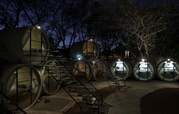 TuboHotel - Recycled Concrete Pipes Shaping Eco-Friendly Hotel (7)