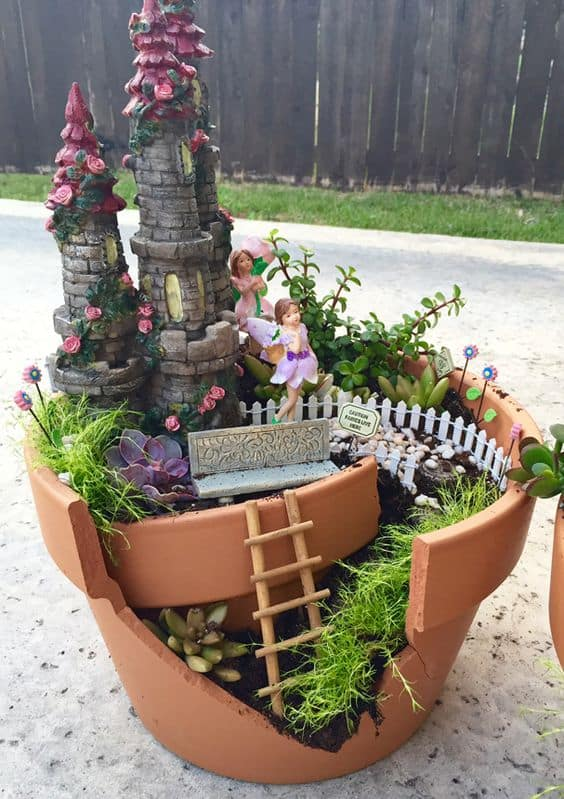 16 do it yourself fairy garden ideas for kids homesthetics inspiring ideas for your home. Black Bedroom Furniture Sets. Home Design Ideas