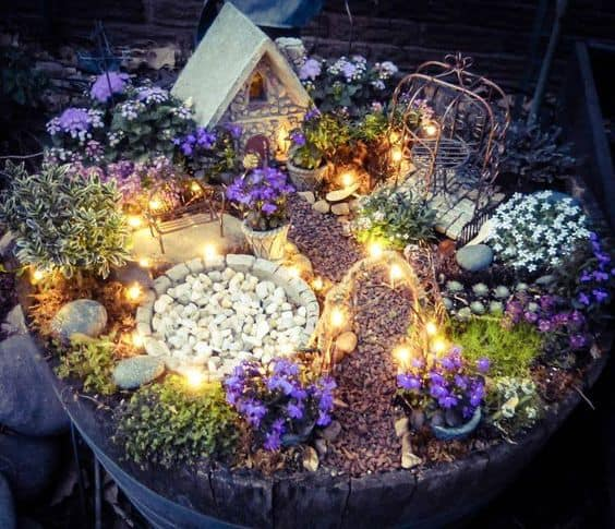 16 Do-It-Yourself Fairy Garden Ideas For Kids (12)