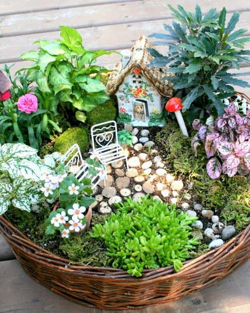 16 do it yourself fairy garden ideas for kids 14