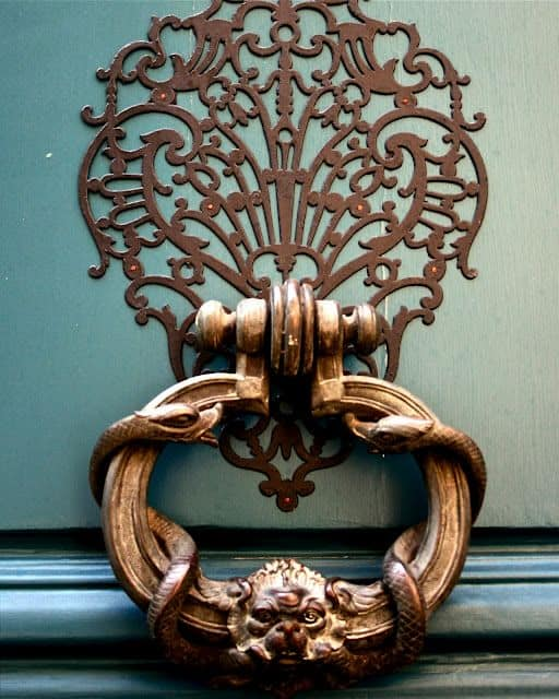 16 Unique And Interesting Door Knockers That Can Still Be Useful In 2016 11 Homesthetics Inspiring Ideas For Your Home