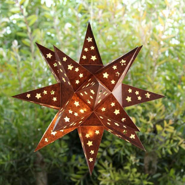 8. A GLORIOUS STAR SHAPED GARDEN LANTERN