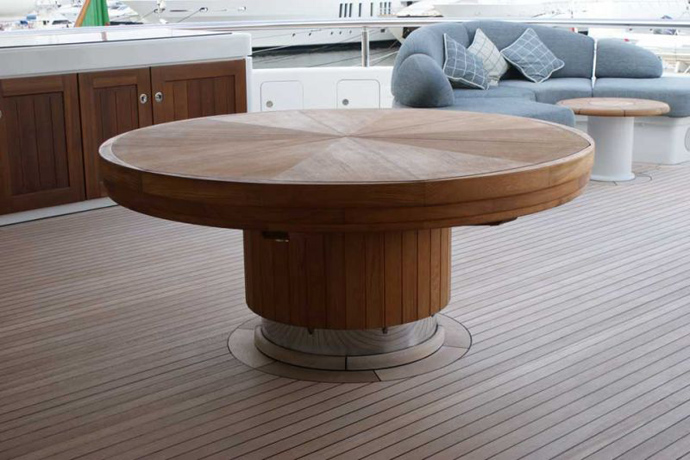 Fletcher-Capstan-Table-homesthetics (11)