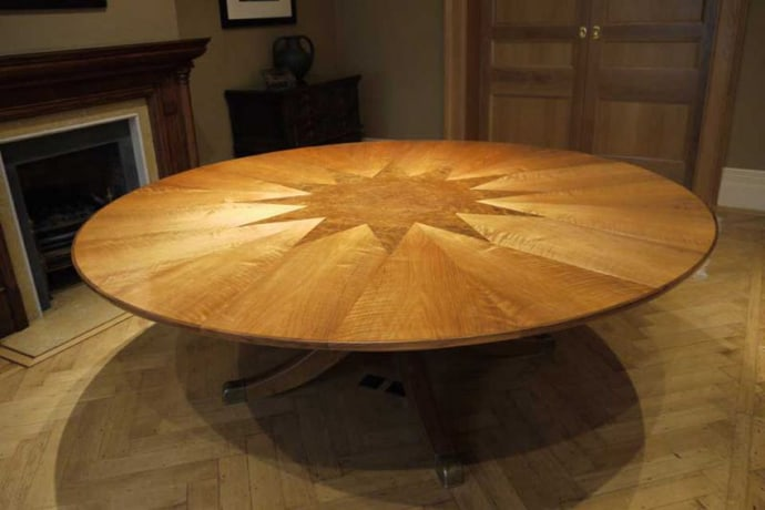 The 50000 Expandable Tabe Fletcher Capstan Table