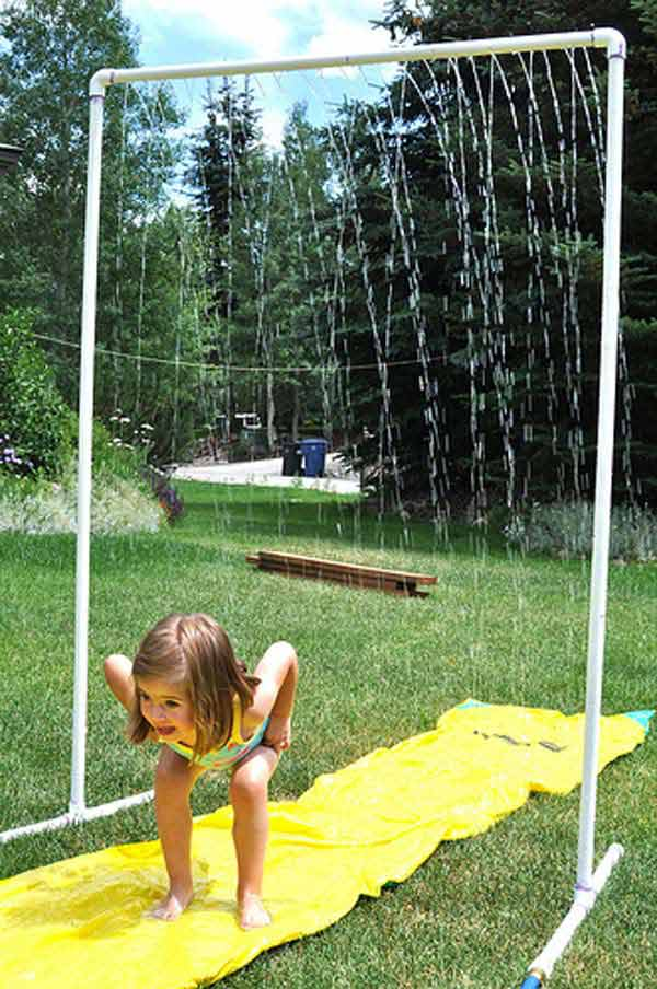 21 super cool diy pvc pipe projects worth realizing homesthetics 5 create a backyard shower curtain for hot summer days solutioingenieria Images