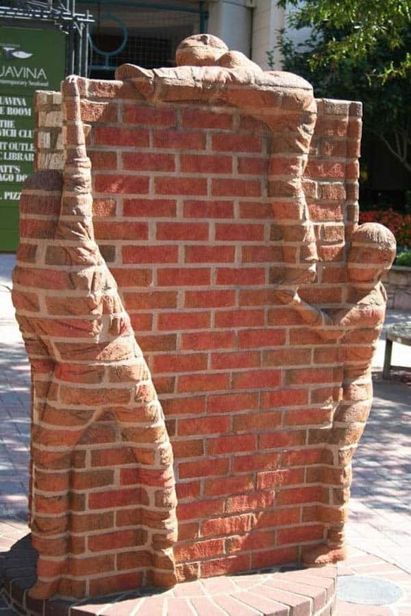 23 Beautiful and Ingenious Brick Projects For Your Home homesthetics decor (18)
