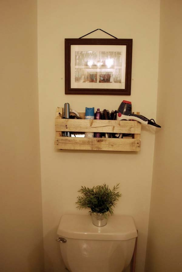7. A PETITE WOODEN PALLET CAN STORAGE BATHROOM ACCESSORIES