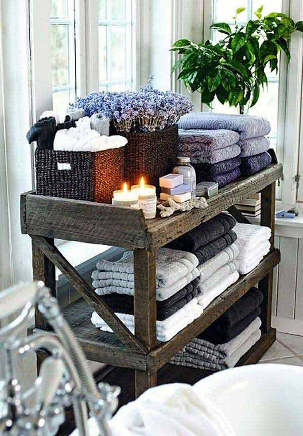 24 Beautiful DIY Bathroom Pallet Projects For A Rustic Feel 8