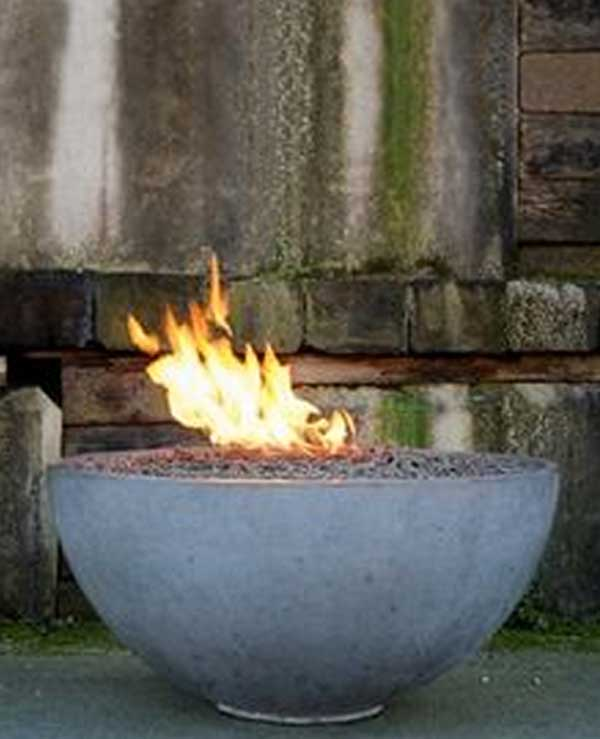 BOWL-SHAPED FIRE PIT EMPHASIZING A COLD SETTING