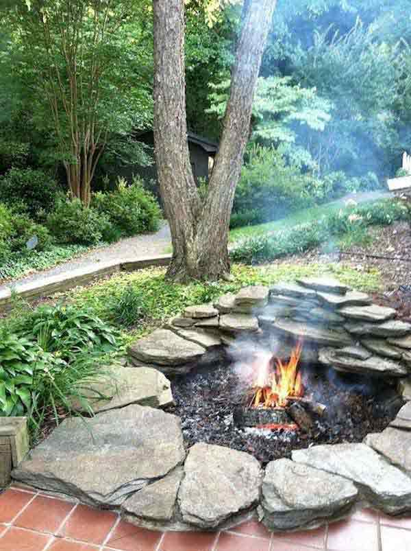 SIMPLE TO REALIZE LOW FIRE PIT DESIGN WORTH FOLLOWING