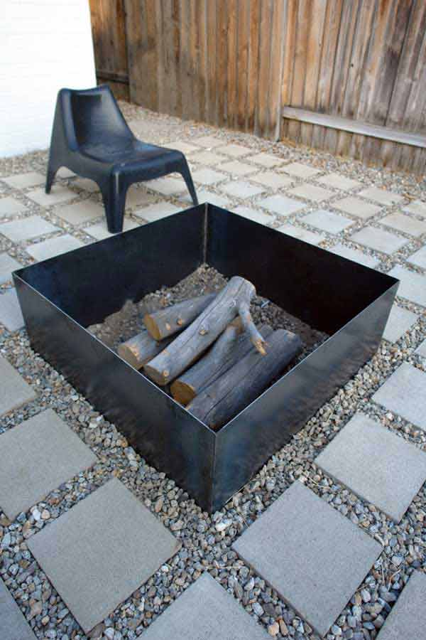 MINIMALIST DIY FIRE PIT DESIGN IN NEUTRAL DECOR
