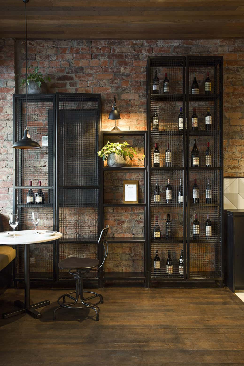 How To Try The Unconventional Steampunk Decor In Your Home-HOMESTHETICS (6)