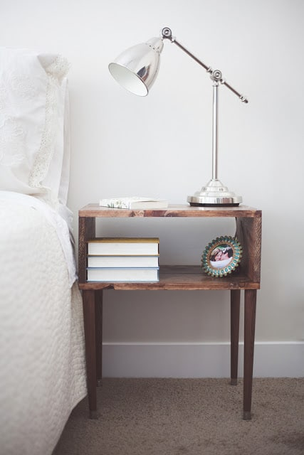 8. TAILOR A DIY NIGHTSTAND WITH SALVAGED WOOD