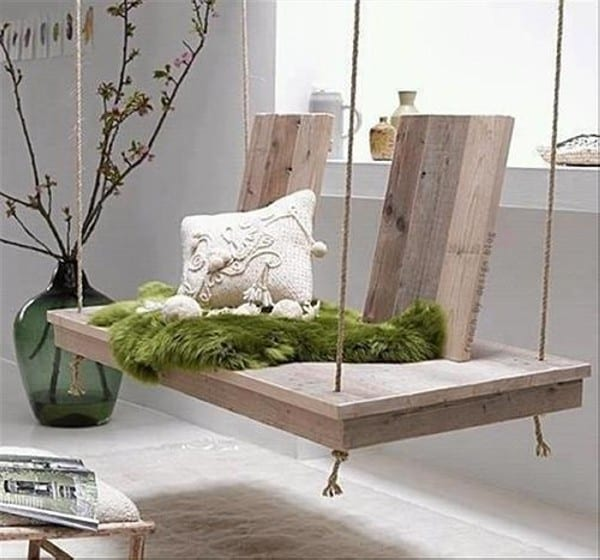 36. THE SIMPLEST PALLET BED SWING