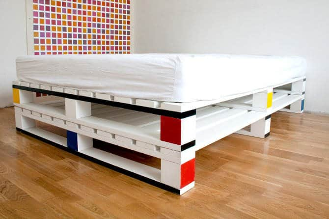 Best Recycled pallet bed frames projects homesthetics