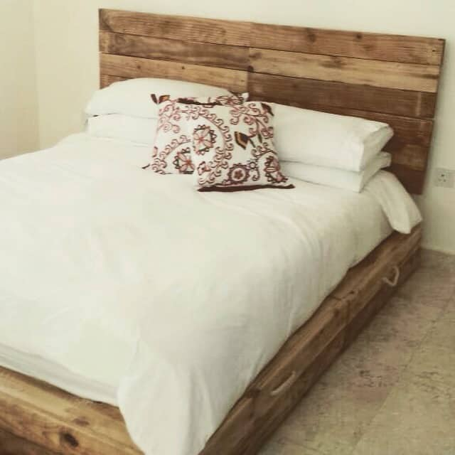 Fancy Recycled pallet bed frames projects homesthetics