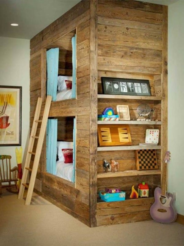 Repurposed Pallet Bed Frame Homesthetics (4)