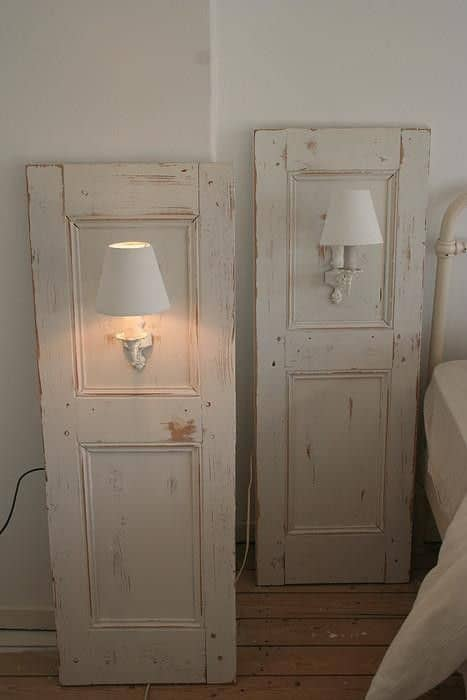 6. UP-CYCLE A DOOR INTO AN EPIC BACKGROUND FOR YOUR NIGHTSTAND