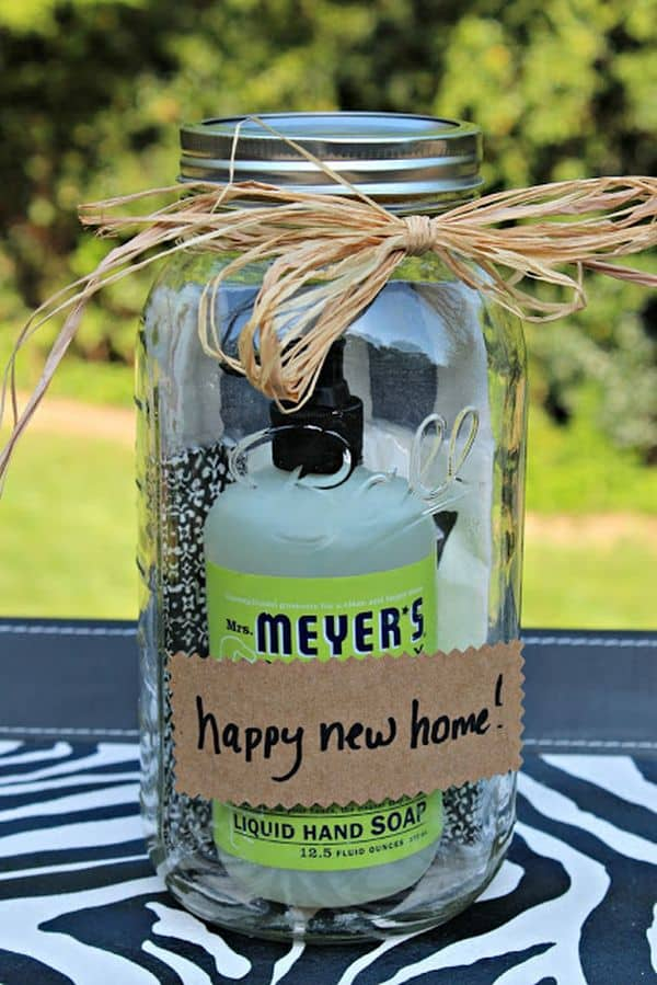 Housewarming-Gift-in-a-Jar