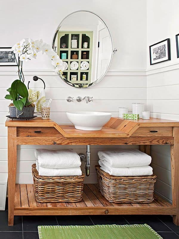 bathroom-towels-stock