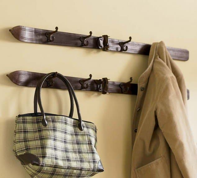 15 Super Cool DIY Coat Rack Projects Worth Following homesthetics (3)