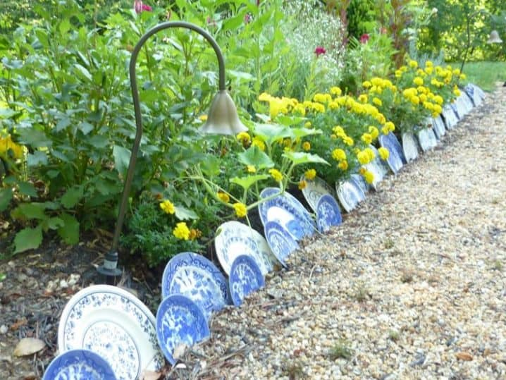 17 simple and cheap garden edging ideas for your garden using plates as garden edging workwithnaturefo