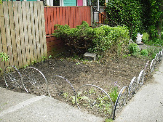BICYCLE WHEELS UP-CYCLE INTO GARDEN EDGING