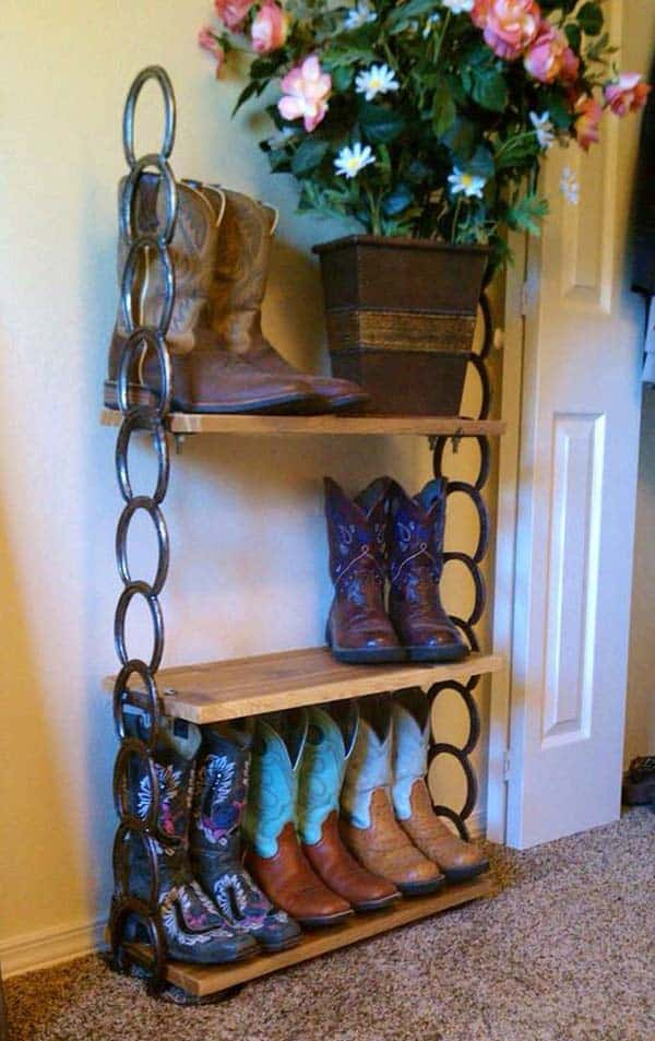 31 Epic Horseshoe Crafts to Consider In a Vibrant Rustic Decor (19)