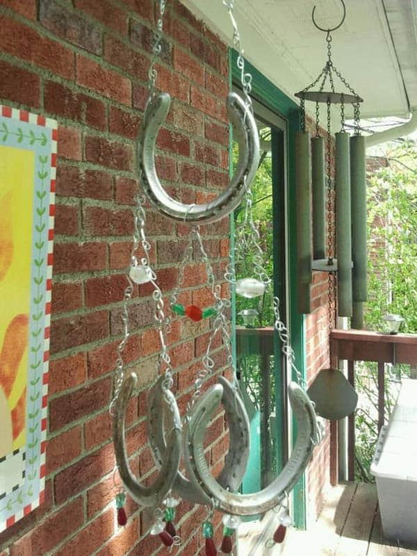 31 Epic Horseshoe Crafts to Consider In a Vibrant Rustic Decor (25)