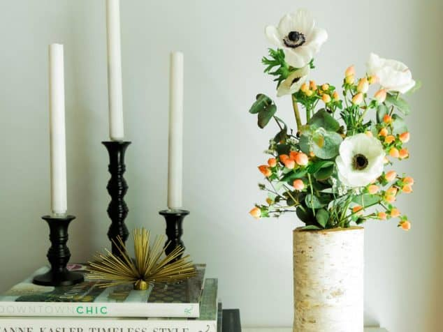 Add Glamour and Rustic Vibe With Tree Stump Vases-homesthetics (3)