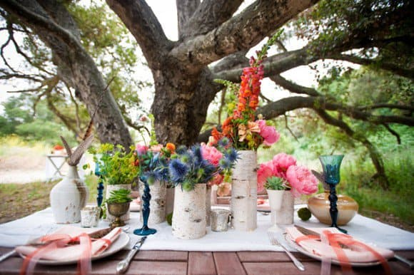 Add Glamour and Rustic Vibe With Tree Stump Vases-homesthetics (6)