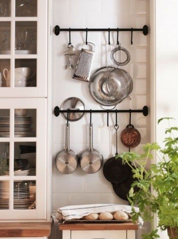 Emphasize Small Spaces With Kitchen Wall Storage Ideas Homesthetics (14)