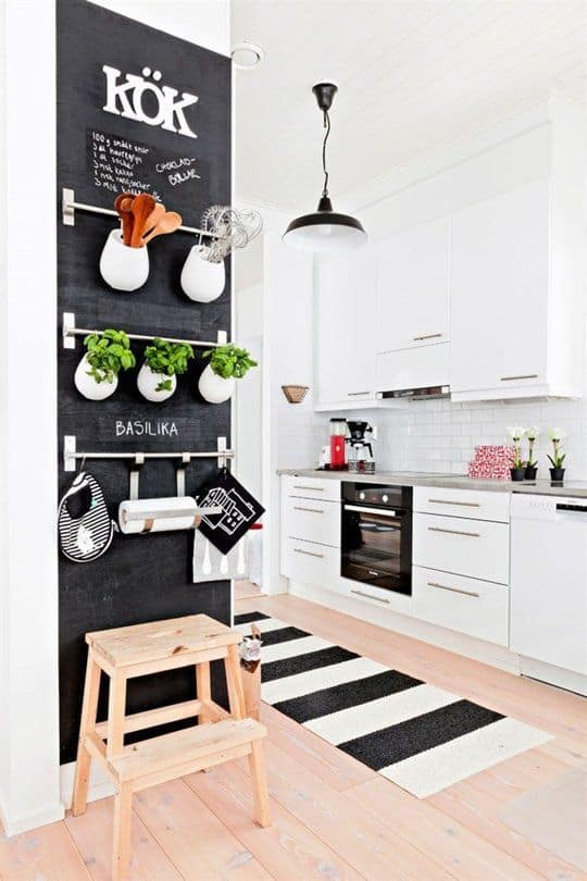 Emphasize Small Spaces With Kitchen Wall Storage Ideas Homesthetics (3)