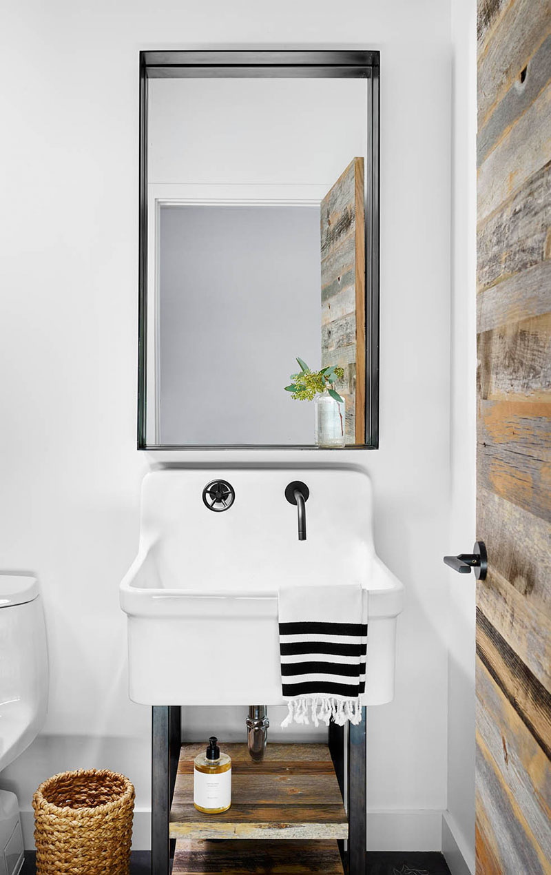 Simple Tips On How To Create A Masculine Bathroom homesthetics