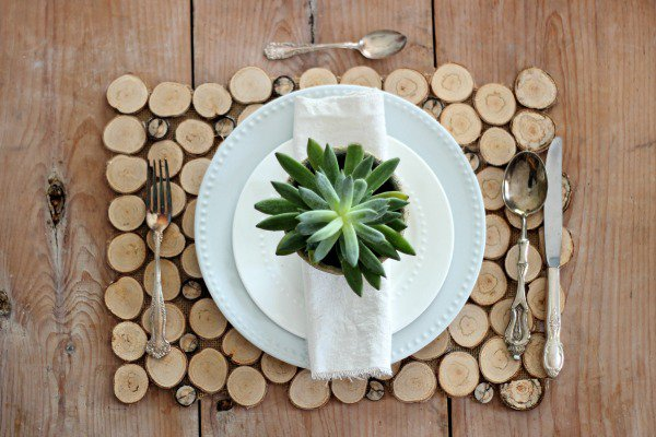 Add Wood Slices Decorations For A Cozier Home-homesthetics.net (4)