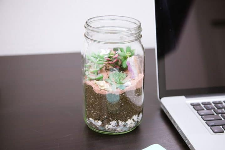 extraordinary-adorable-diy-mason-jar-crafts-to-pursue-homesthetics-4