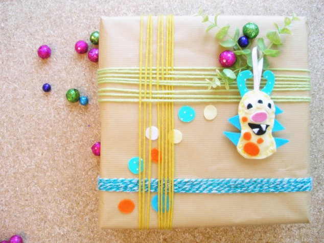 Learn How To Wrap A Gift Properly-homesthetics.net (12)