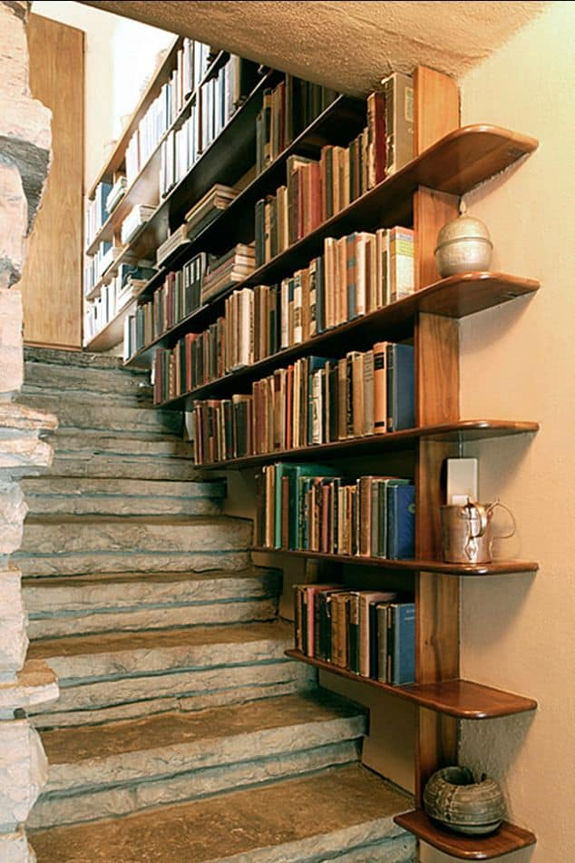 staircase-decorating-ideas-homesthetics-net-9