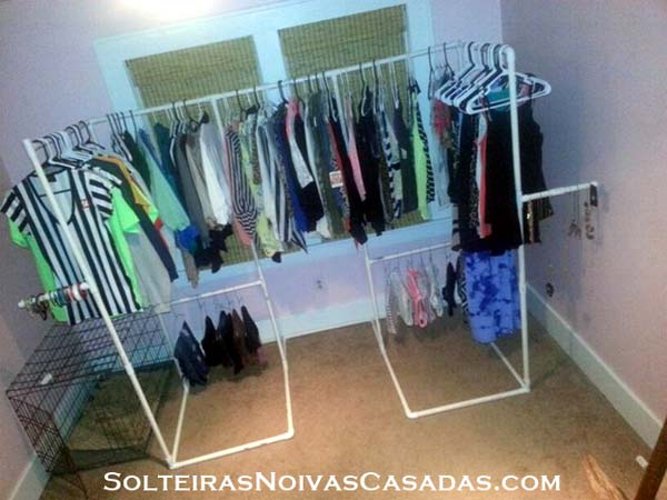 Clothes Storage Solved by 17 Ingenious Low-Cost DIY Closets Swiftly (2)