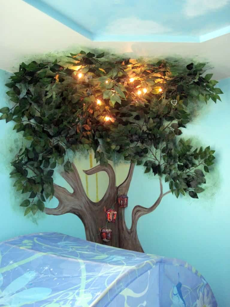 Top 20 children 39 s room wall murals homesthetics for Fairies wall mural