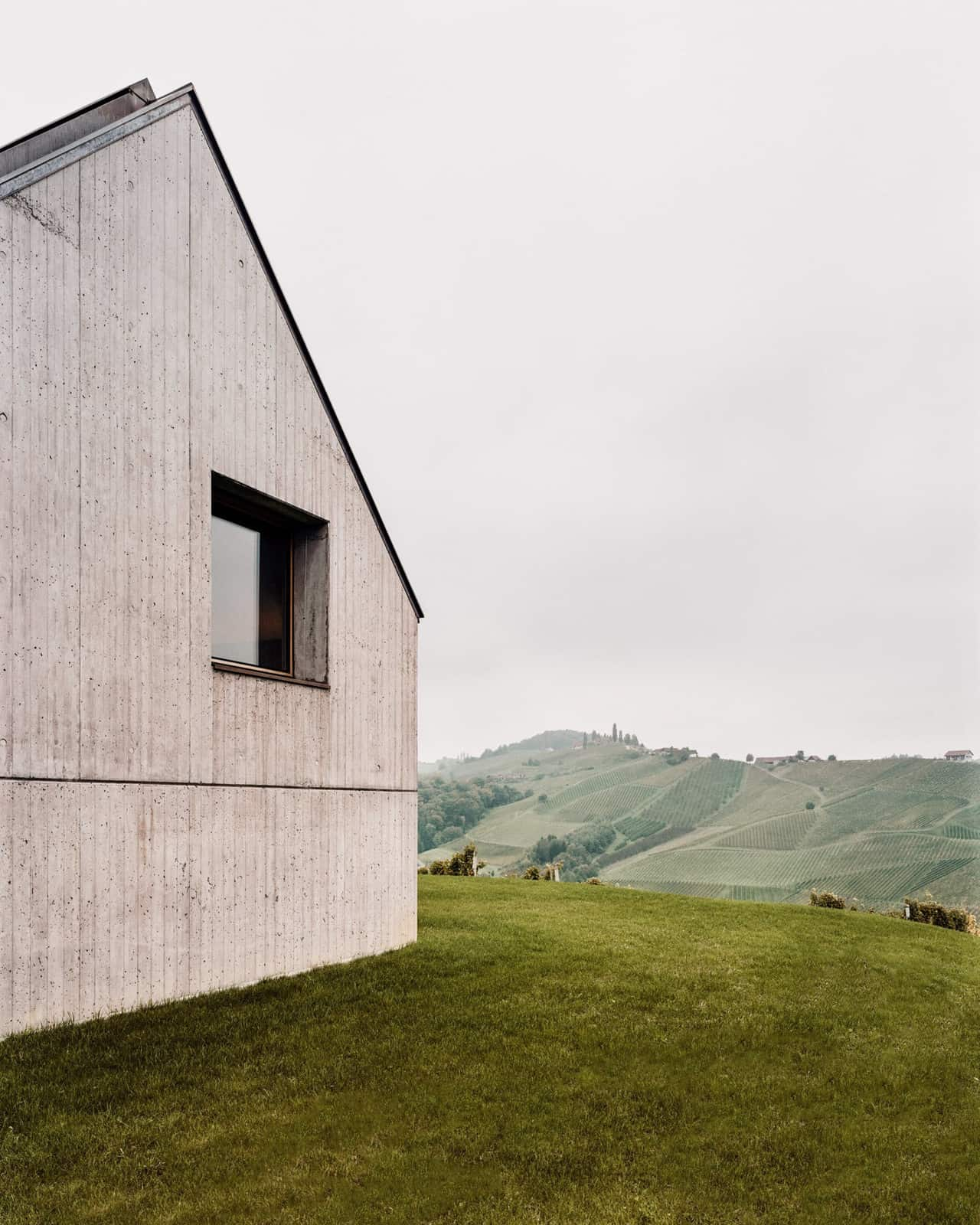 Modern Vineyard Home Materialized In The Heart of a Former Wine Press House (2)