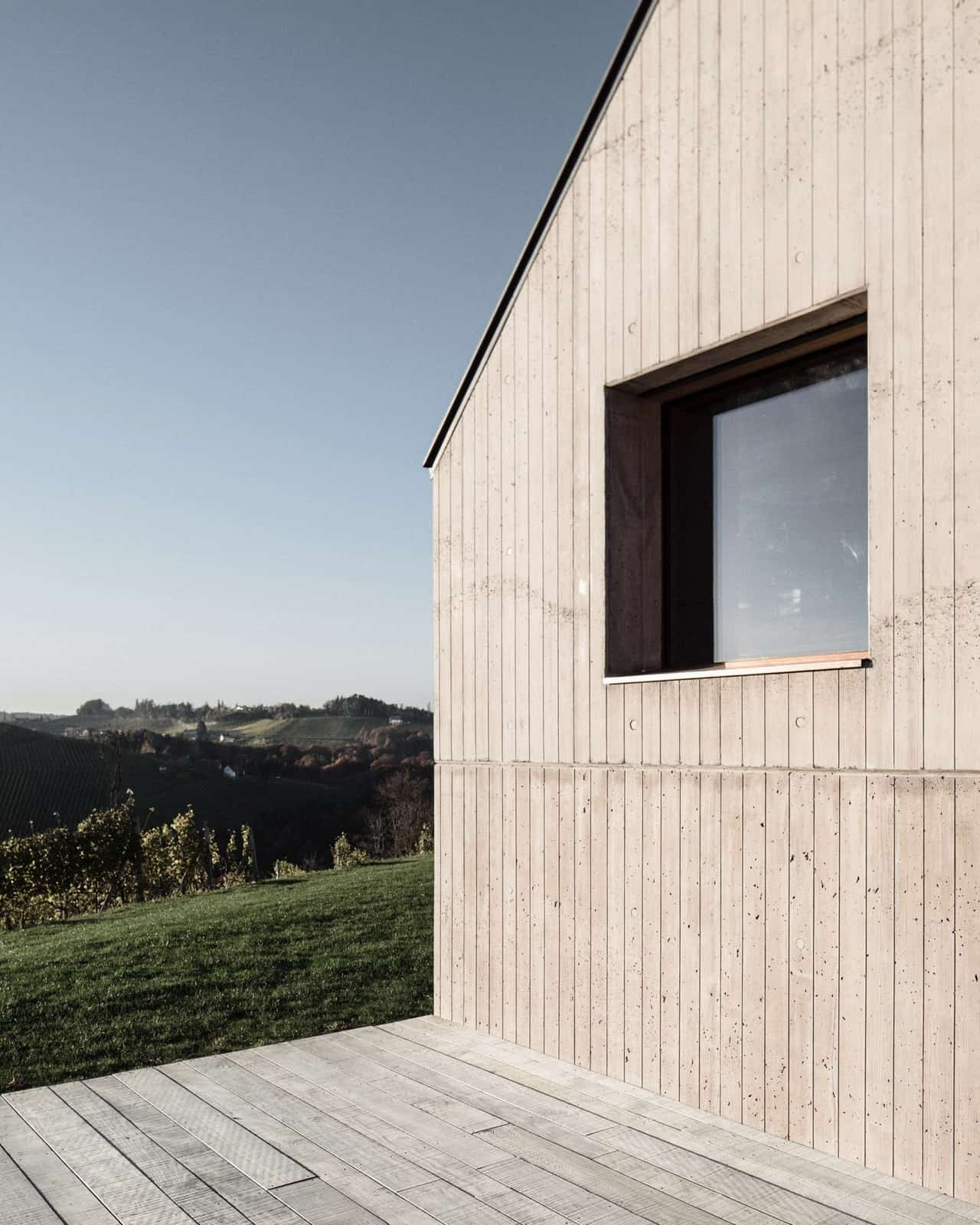 Modern Vineyard Home Materialized In The Heart of a Former Wine Press House (5)