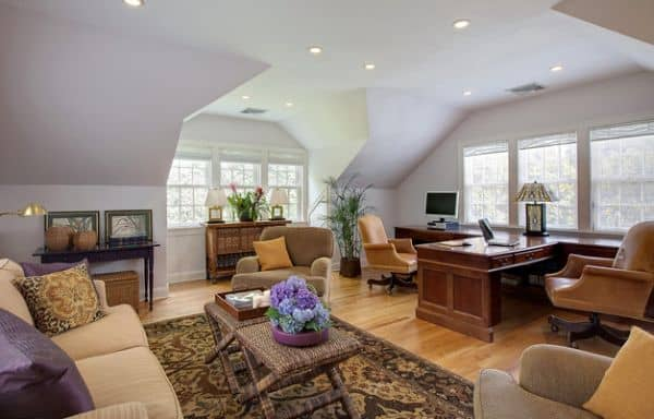 Spacious-home-office-for-a-modern-couple