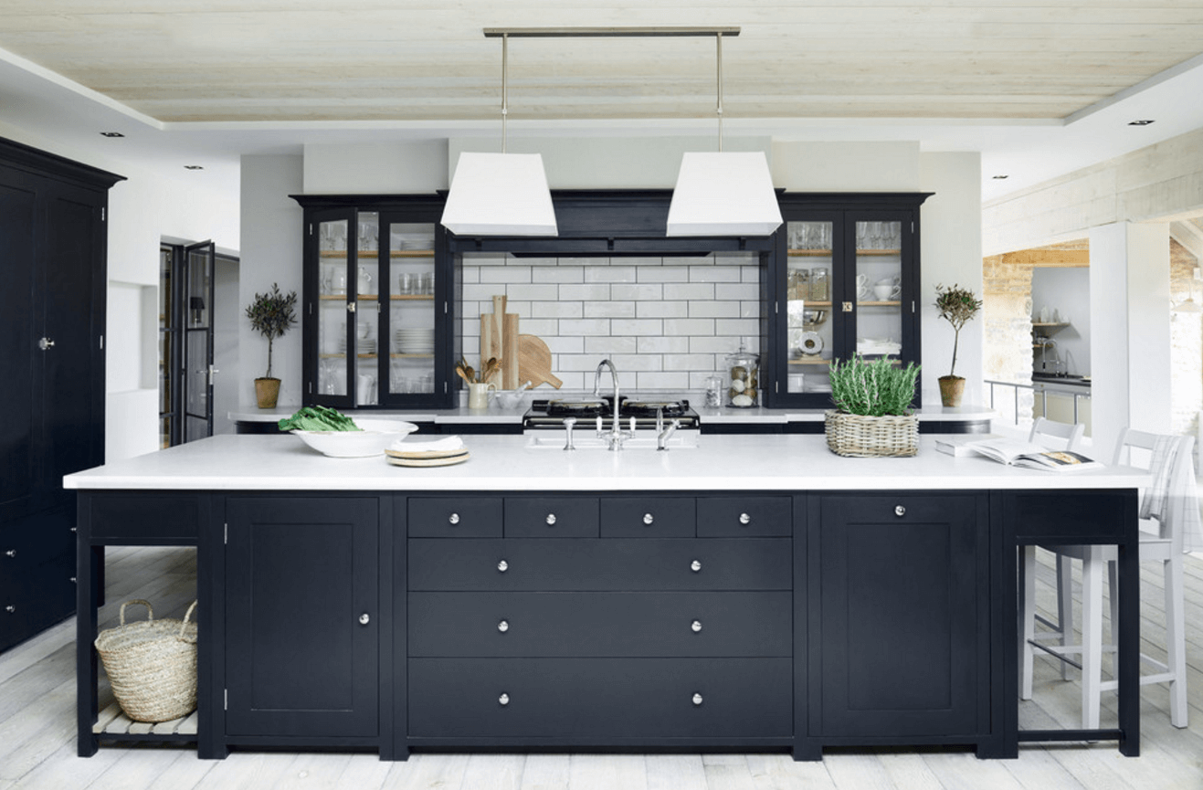 Step Out Of The Box With 31 Bold Black Kitchen Designs-homesthetics.net (20)