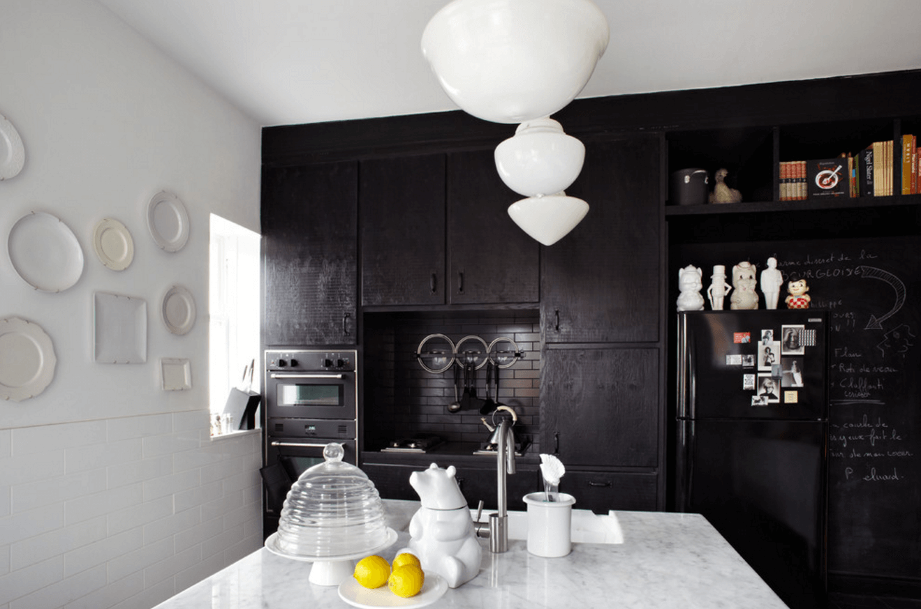 Step Out Of The Box With 31 Bold Black Kitchen Designs-homesthetics.net (31)
