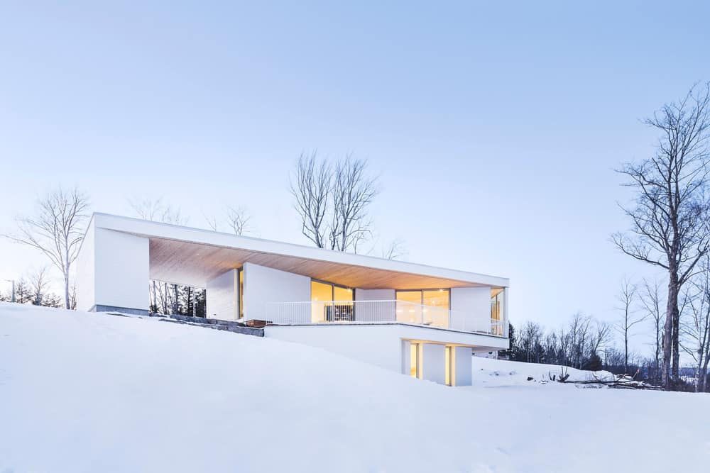 The Nook Residence by MU Architecture 13