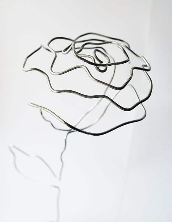 3. CRAFT A SPLENDID WIRE ROSE
