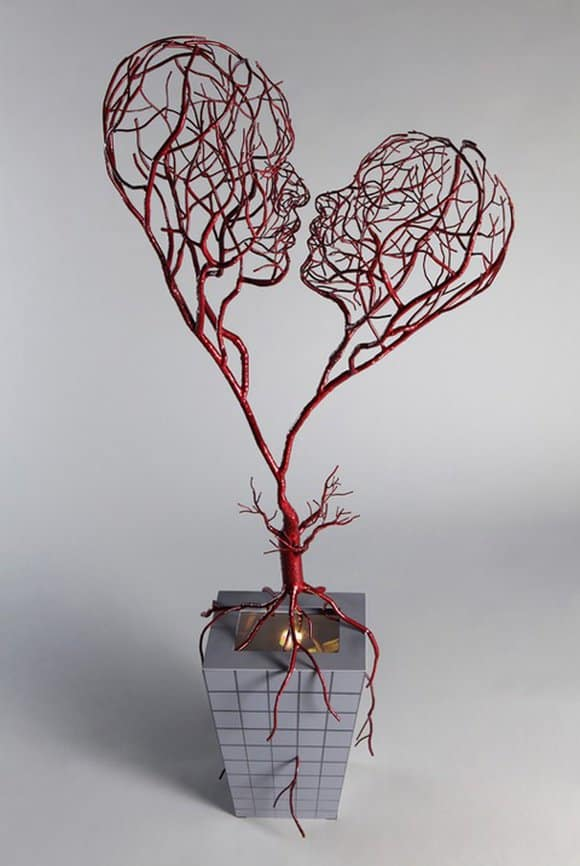 30. ENJOY Wire ART IN A SCULPTURAL FORM